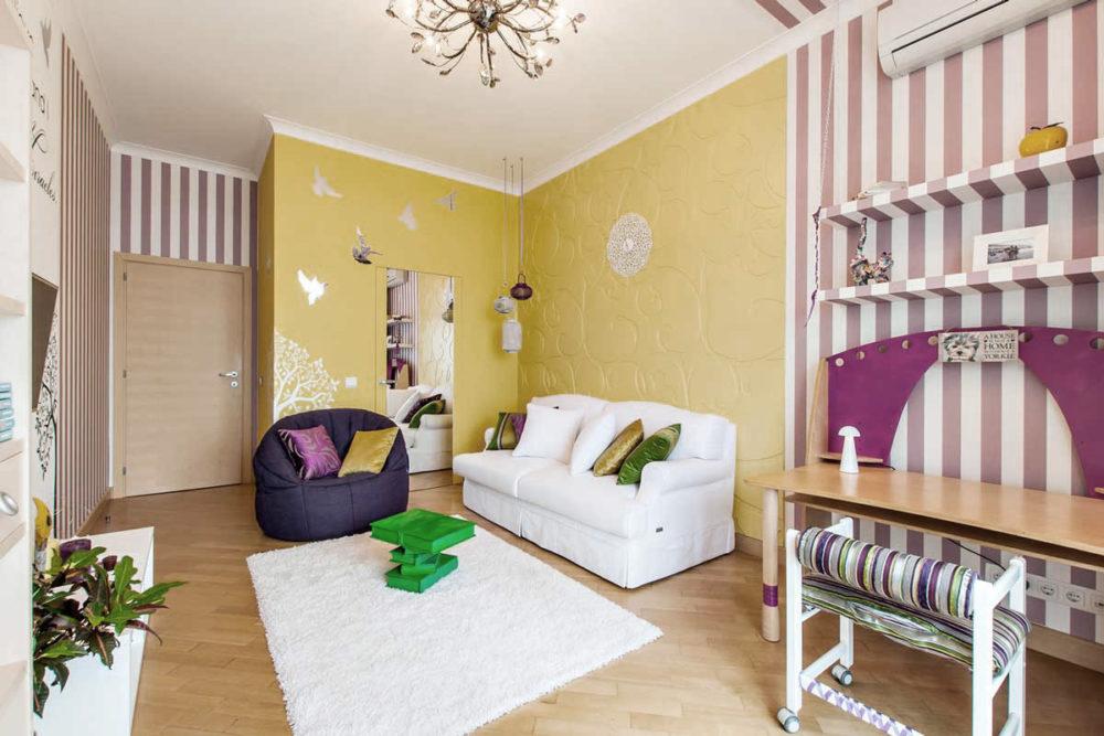 butterfly-sofa-bean-bag-aubergine-dream-01