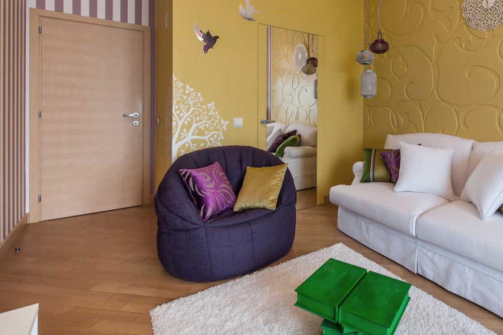 butterfly-sofa-bean-bag-aubergine-dream-13_31_00_5